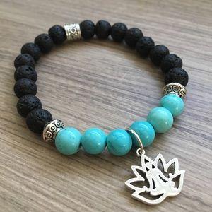 Jewelry - New style! ☀️ Turquoise Howlite Lava Bracelet